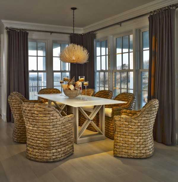 Elegant family dining!