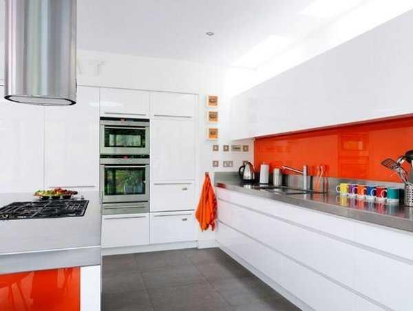 Decoraci n de cocinas las mejores tendencias para este - Decoracion pared cocina ...
